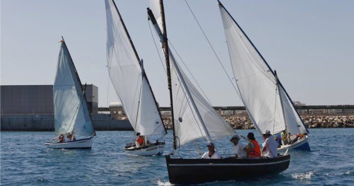 What is a sailing race?