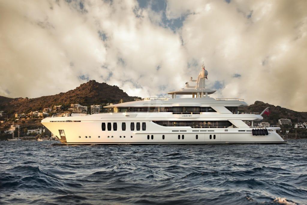 CMB Yachts Liquid Sky 155