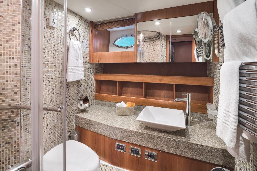 Predator72N9 Bathroom