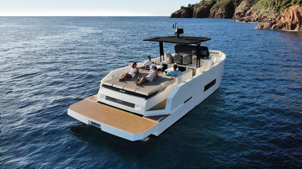 De Antonio Yachts D42 03