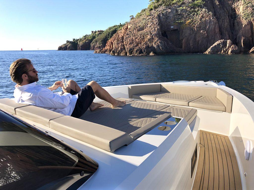 De Antonio Yachts D42 09