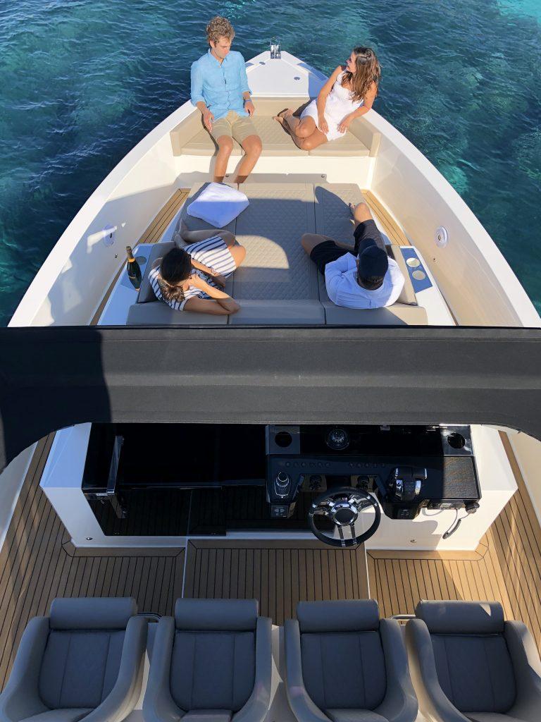 De Antonio Yachts D42 15