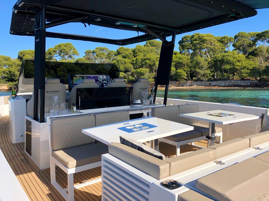 De Antonio Yachts D42 20