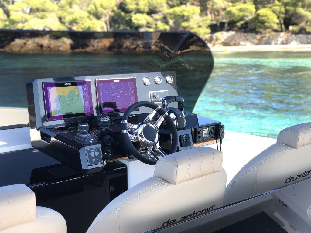 De Antonio Yachts D42 22