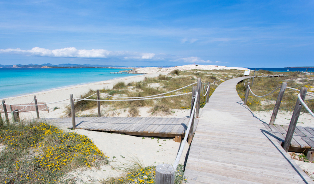Es Migjorn, Formentera